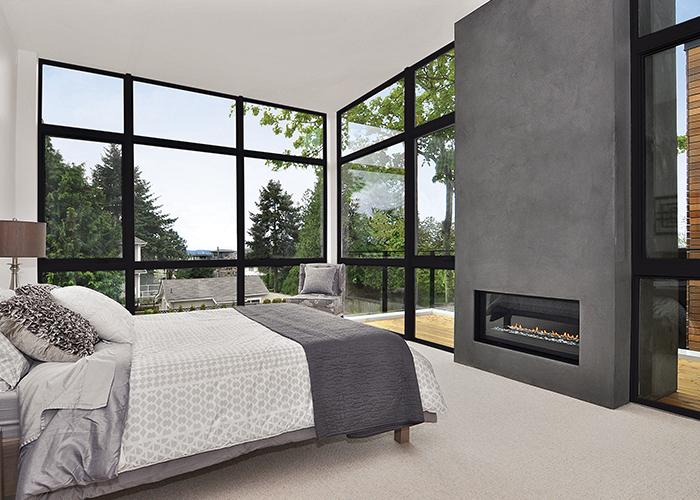 choosing fiberglass windows for new construction